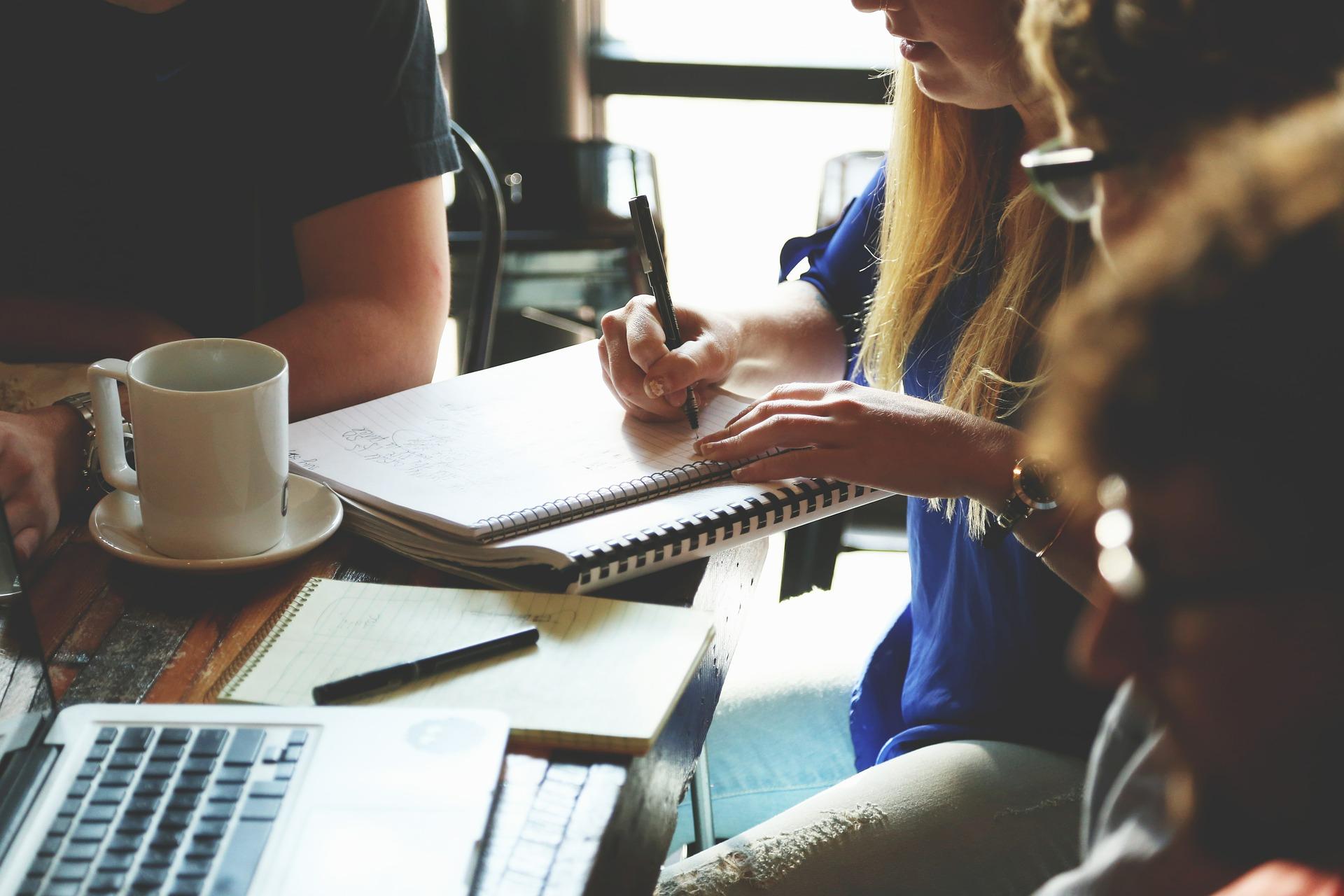 Communication Visuelle, Campagne Digitale et Web-Marketing